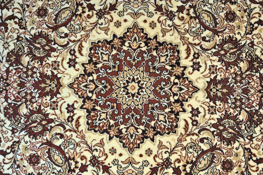 6927132 - carpet with ornament as horizontal background