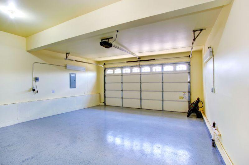 31001066 - empty garage interior in new house