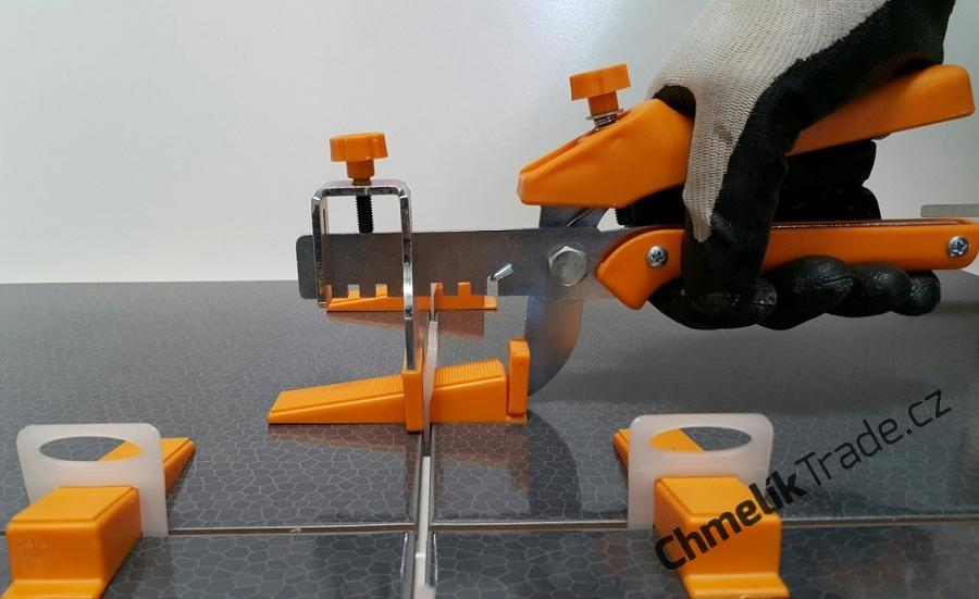 Komfortni-kovove-nastavitelne-kleste-aplikacni-Fixlevel